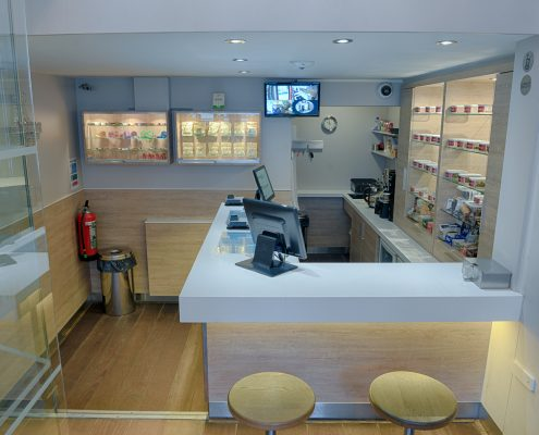 Cofffeeshop Johnny has a modern, friendly feel to it. Why not check out our virtual tour ?
